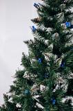 Ялинка штучна Різдвяна з шишкою і калиною блакитна 2,5 м Мостиська