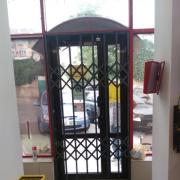 Розсувні решітки металеві на вікна, двері, вітрини. Виробництво і установка по всій Україні Київ