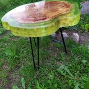 Журнальний столик в стилі лофт, Капов тополя залитий епоксидною смолою з додаванням люмінофора .... Київ