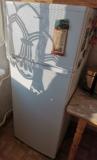 Холодильник двухкамерный еще на гарантии Кривий Ріг